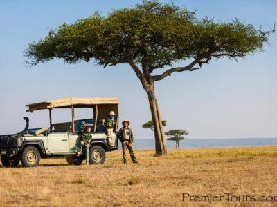 What are the minimum age for children on safari?